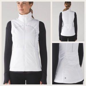 Lululemon Run for Cold White Reflective Vest 6